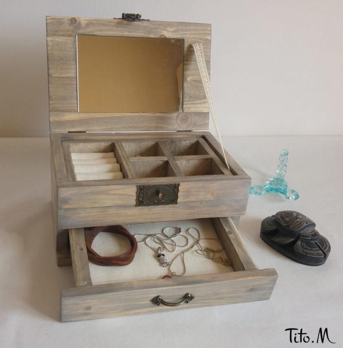 Boite-a-bijoux-ouverte-2